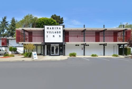 Marina Village Inn