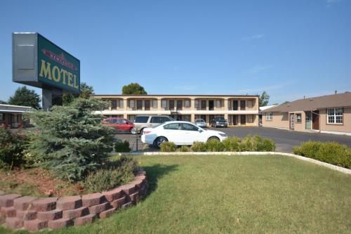 Newcastle Motel - Newcastle, OK 73065