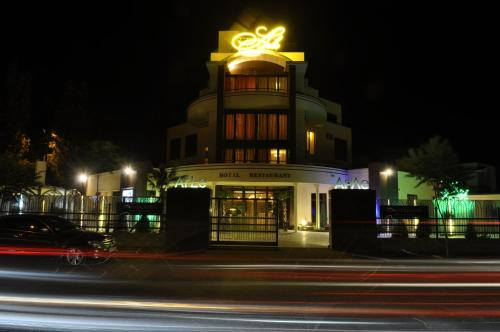 . Arle Hotel