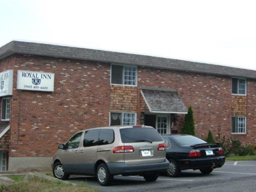 Royal Inn - Torrington, CT 06790