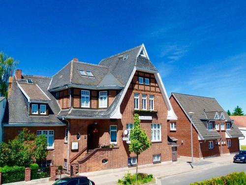 . Hotel & Pension Villa Camenz