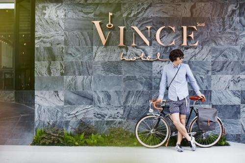 Vince Hotel Pratunam photo 33