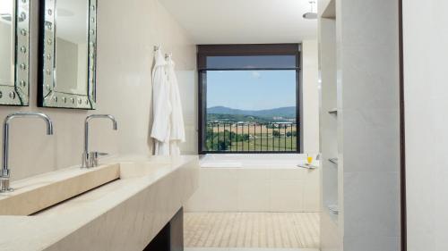 Garden Suite Hotel Castell d'Emporda 4
