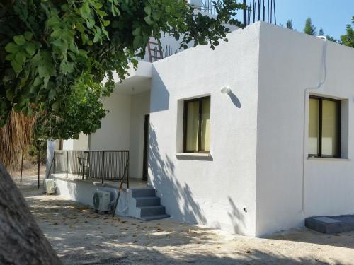 Miris Mediterraneo Apartments - Photo 6 of 25