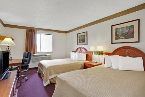 Photos de salle de Days Inn by Wyndham Clearfield