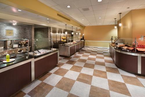 Hilton Orlando Lake Buena Vista - Disney Springs™ Area photo 25