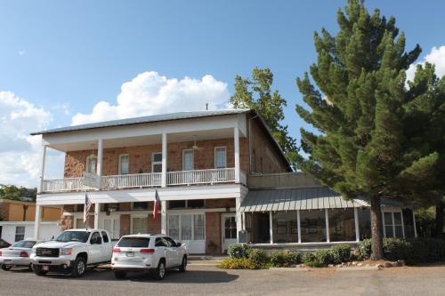 Фото отеля The Hotel Limpia
