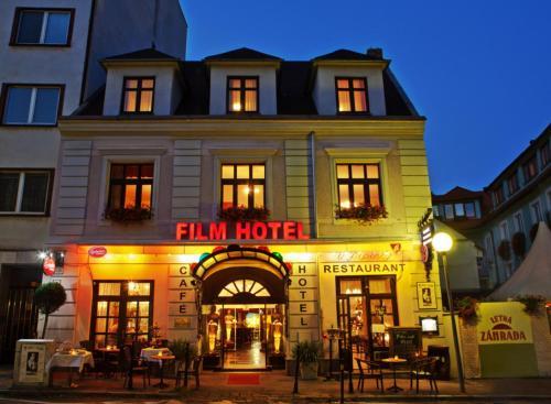 . Film Hotel