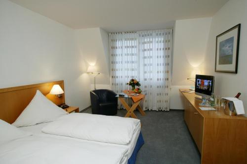 Stadthotel Oranienburg - Photo 4 of 14