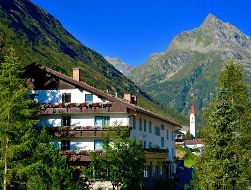 Clubdorf Hotel Alpenrose Galtür