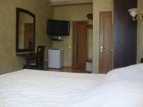 мини отель корона в питере телефон