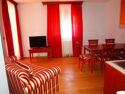 Apartman s 1 spavaćom sobom (2-4 odrasle osobe) (One-Bedroom Apartment (2 - 4 Adults))