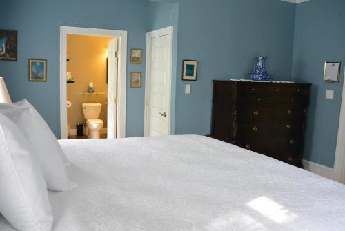Fig Street Inn - Cape Charles, VA 23310