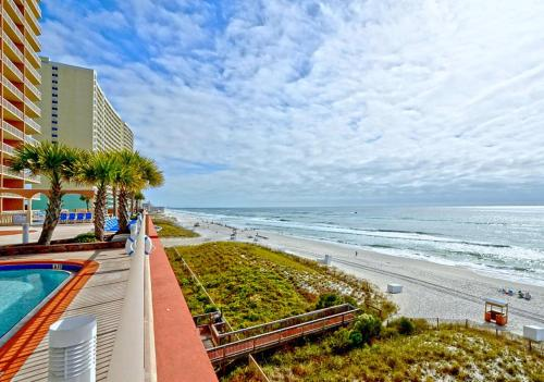 Sunrise Beach By Panhandle Getaways - Panama City Beach, FL 32407