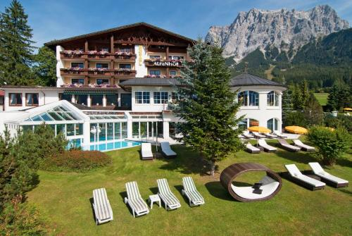 Wellness & Sporthotel Alpenhof - Hotel - Ehrwald