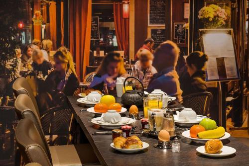 Midnight Hotel Paris photo 18