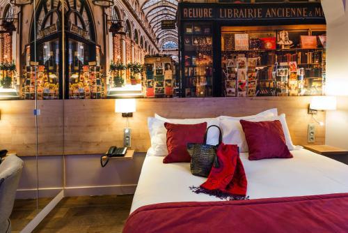 Midnight Hotel Paris photo 50