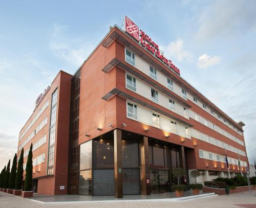 Hilton Garden Inn Malaga - Hotel - Málaga