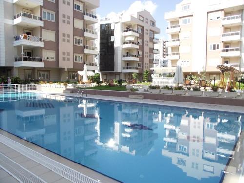 Antalya Roza Apartments yol tarifi