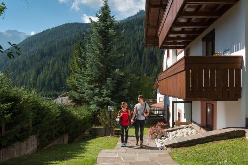 Apartments Lores Wolkenstein-Selva Gardena