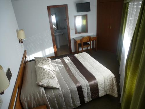 Enoposteljna soba z lastno kopalnico (Single Room with Private Bathroom)