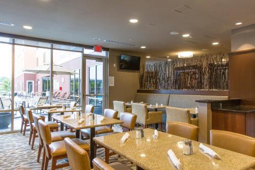Cambria hotel & suites Plano-Frisco - Plano, TX 75024