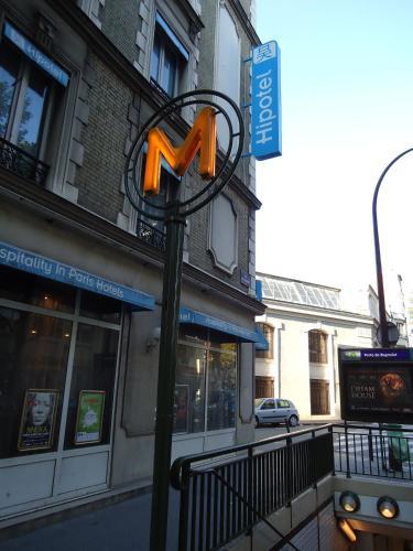 Hipotel Paris Belgrand Mairie du 20ème photo 2