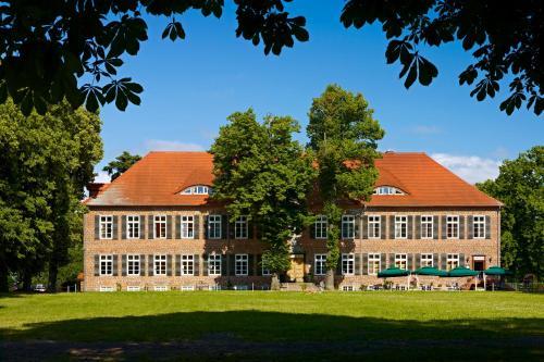 Kasteel-overnachting met je hond in Romantik Hotel Gutshaus Ludorf - Ludorf