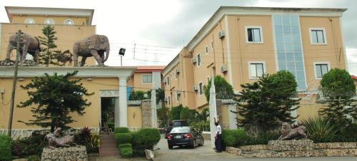 Presken Hotels Opebi Lagos