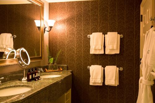 The Lodge at Woodloch - Accommodation - Hawley