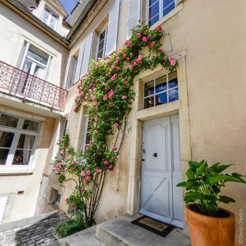 Foto - La Cour Berbisey - Les Collectionneurs