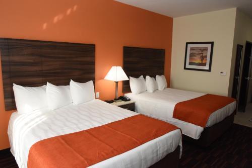 Home Away Suites Enid - Enid, OK 73703
