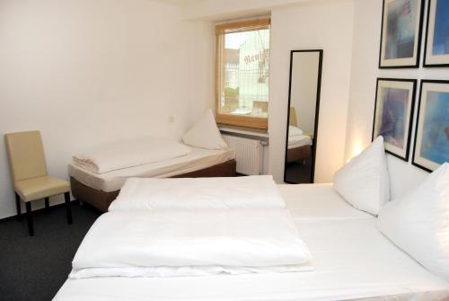Hotel Rheinischer Hof photo 17