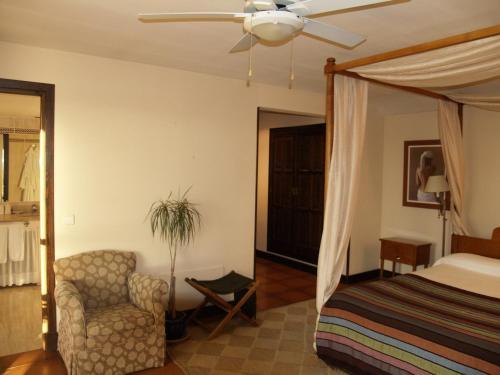 Double or Twin Room Hotel Rural & Spa Las Nubes 25
