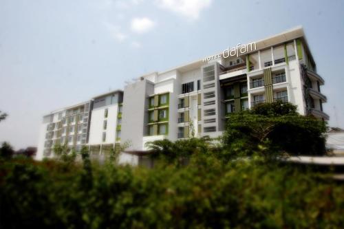 . Hotel Dafam Fortuna Seturan