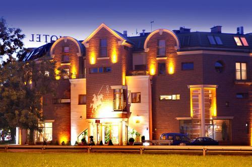 . Grot Hotel