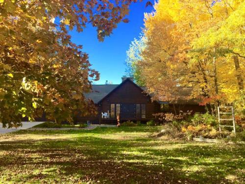 Aubert Den - Accommodation - Branch Township