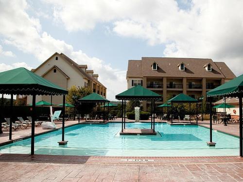 . French Quarter Resort