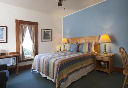 The Swan Hotel - Port Townsend