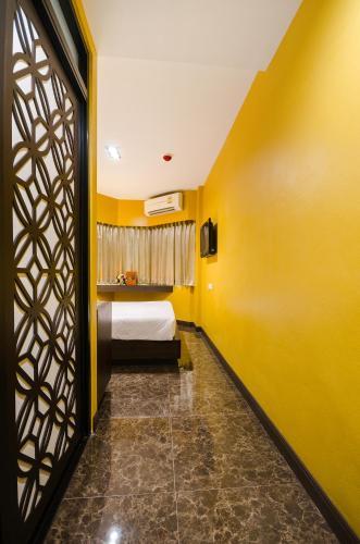 Khaosan Palace Hotel photo 16
