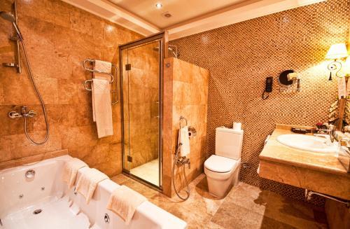 Фото отеля Hotel National