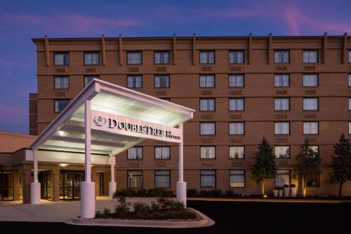Top Hotel Deals Near Spencerville Seventh Day Adventist Church Silver Spring Doubletree By Hilton Laurel Md