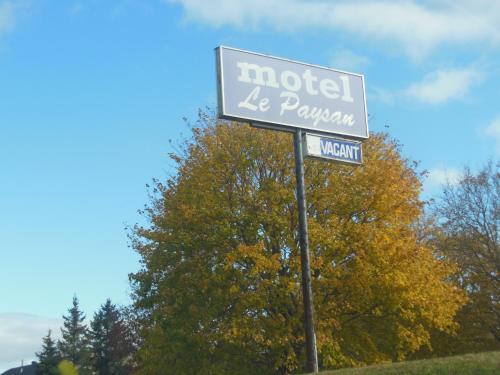 Motel Le Paysan - Photo 2 of 27