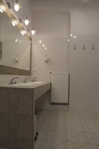 Фото отеля Hostel Lwowska 11