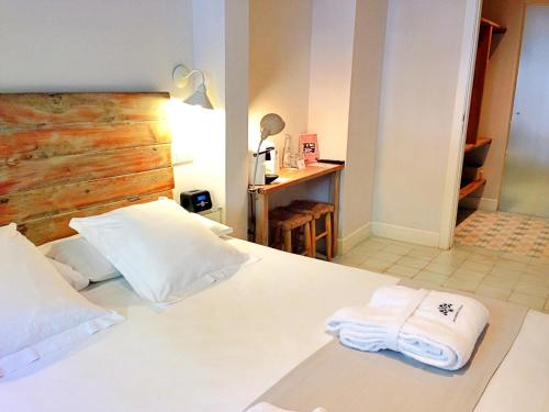 Double Room - Ground Floor Hotel Boutique Elvira Plaza 7