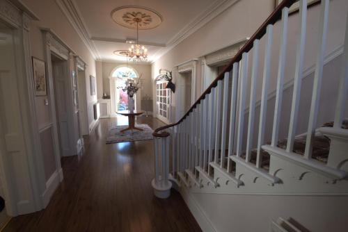Highgate House picture 1 of 25