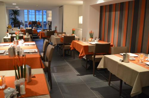 __{offers.Best_flights}__ Hotel Geeraard