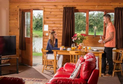 Willow Lodges - Photo 7 of 27