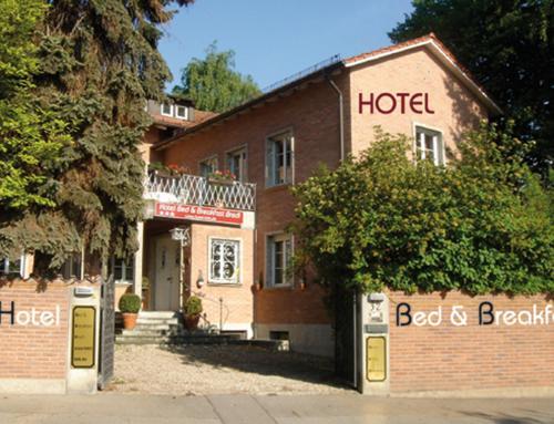 Hotel B&B Bredl in der Villa Ballestrem photo 7