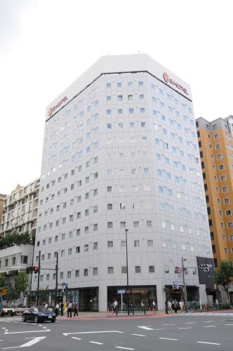 E Hotel Higashi Shinjuku photo 2